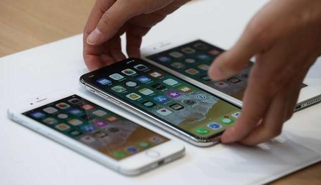 """Con el iPhoneX y otros """"teléfonos superinteligentes"""", los precios se disparan"""
