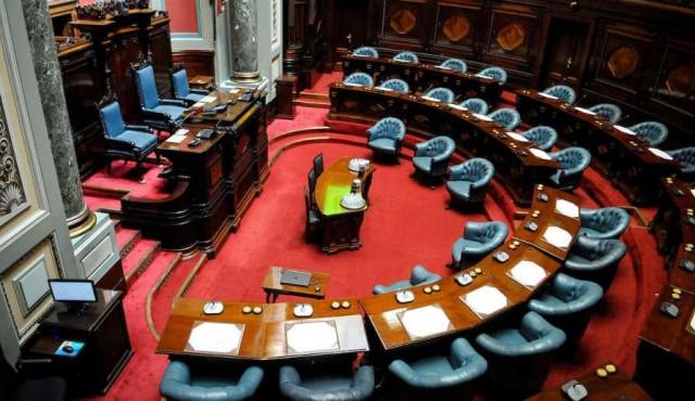El debate jurídico detrás del subsidio a Raúl Sendic