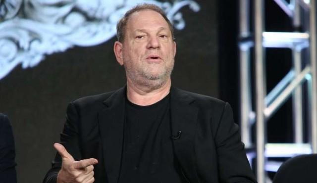 """Weinstein tenía """"ejército de espías"""" para sofocar acusaciones sexuales"""