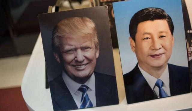 """Trump parece debilitado frente a Xi, """"el rey de China"""""""
