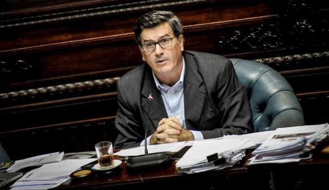"""Bordaberry acusó a Cutcsa y Buquebús por """"donaciones encubiertas"""""""