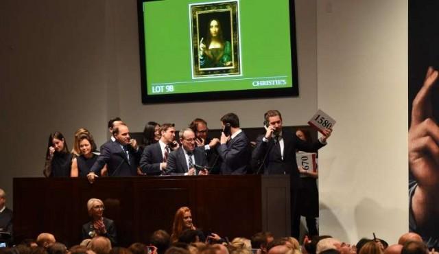 Venden en 450,3 mdd pintura Salvator Mundi de Da Vinci