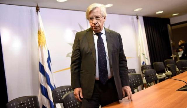 Asamblea Uruguay no vota el proyecto para los cincuentones