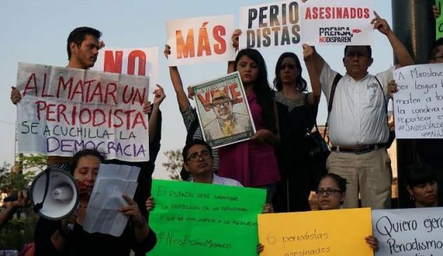 Reportan 65 periodistas muertos en ejercicio de su profesión en 2017 — Latinoamérica