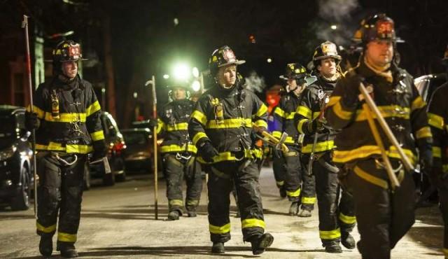 El juego de un niño desató el incendio que dejó 12 muertos en Nueva York
