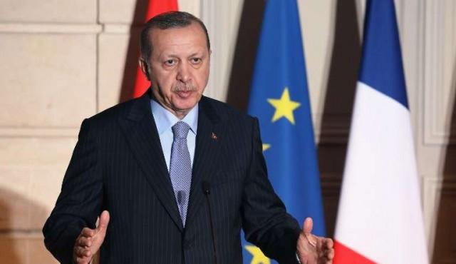 Macron descarta avances en ingreso de Turquía en Unión Europea