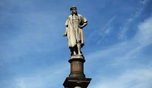 Nueva York decide mantener la polémica estatua de Cristóbal Colón