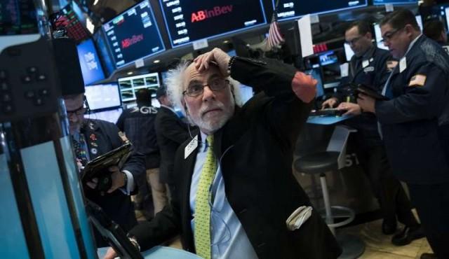 Bolsa de Nueva York registró su mayor caída en un solo día de la historia