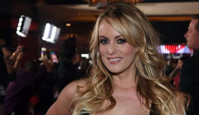 Abogado de Trump pagó 130.000 dólares a actriz porno vinculada al presidente