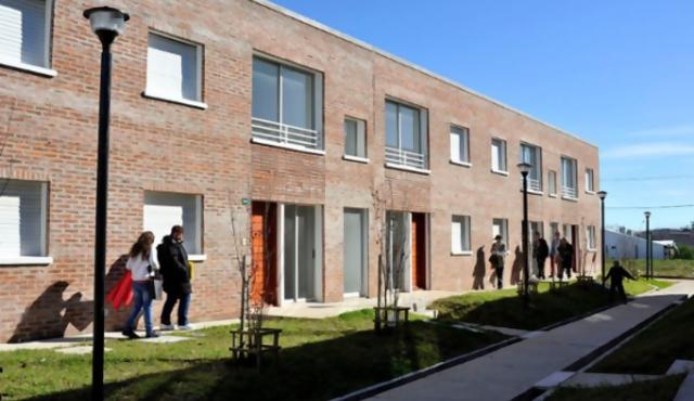 Ministerio de Vivienda adjudica apartamentos en Montevideo