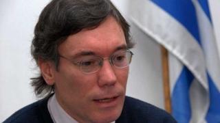 Vuelve ley de tarjetas y genera diferencias en el oficialismo - Entrevistas - 1 - DelSol 99.5 FM