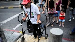 La dura pelea por la accesibilidad en el transporte - Entrevistas - 1 - DelSol 99.5 FM