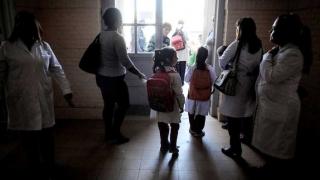 """""""Maestrans"""": la solución de Darwin para las agresiones en las escuelas - Columna de Darwin - 1 - DelSol 99.5 FM"""