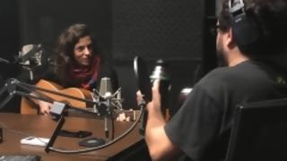 """""""Prefiero que las canciones salgan naturalmente"""" - Entrevistas - 5 - DelSol 99.5 FM"""