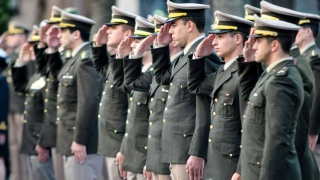 """La reforma de la """"Caja Negra Militar"""" según Darwin - Columna de Darwin - 1 - DelSol 99.5 FM"""