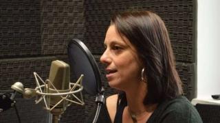 La escritora de las preadolescentes - Entrevistas - 1 - DelSol 99.5 FM