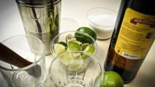 Ciclo de culinaria brasileña: caipirinha - Denise Mota - 1 - DelSol 99.5 FM