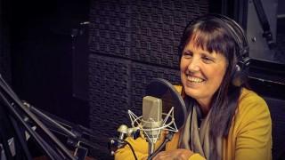 """Claudia Piñeiro presenta """"Las maldiciones"""" en la Feria del Libro - Audios - 2 - DelSol 99.5 FM"""