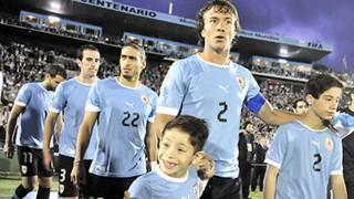 """Diego Lugano: """"Los verdaderos guerreros son los jugadores del fútbol uruguayo"""" - La Frase - 6 - DelSol 99.5 FM"""