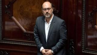 Impuestos militares: una vendetta para la oposición - Informes - DelSol 99.5 FM