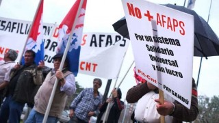 Presidente de Asociación de AFAPs preguntó si se va hacia un sistema nacionalizado - Entrevistas - 1 - DelSol 99.5 FM