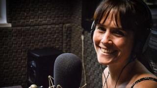 """Noelia Campo: """"El teatro te permite comprender el accionar del otro"""" - Charlemos de vos - DelSol 99.5 FM"""