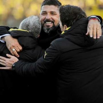 """""""En el segundo tiempo el único equipo en la cancha fue Peñarol"""""""