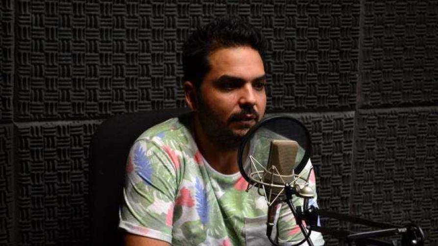 El stand up desde adentro - Audios - Cambio & Fuera   DelSol 99.5 FM