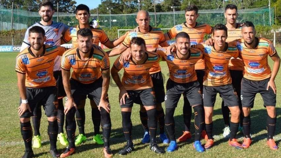 Casi muere un arquero y otros goles en el peor show del mundo - Darwin - Columna Deportiva - No Toquen Nada | DelSol 99.5 FM