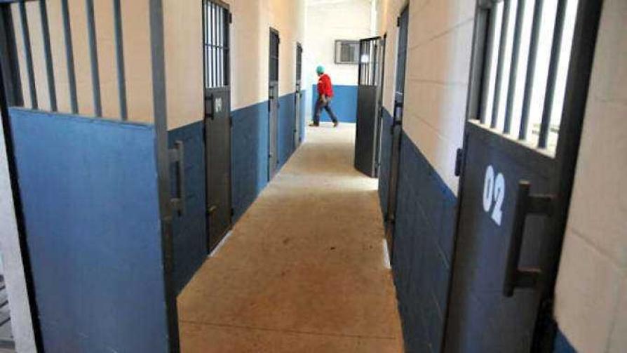 Sistema penitenciario - El especialista - Cambio & Fuera | DelSol 99.5 FM