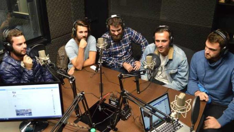The Islingtons - Arriba los que escuchan - Cambio & Fuera | DelSol 99.5 FM