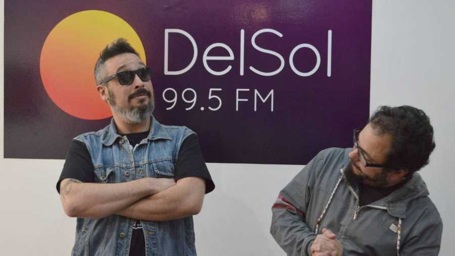 El duelo se definió por un golpe  - La batalla de los DJ - La Mesa de los Galanes   DelSol 99.5 FM