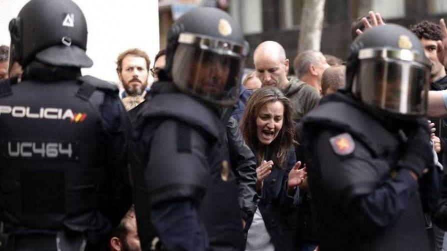 La incertidumbre reina en España tras referéndum por la independencia de Cataluña - Informes - Fútbol & Compañía | DelSol 99.5 FM