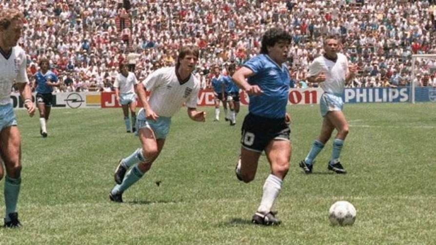 Un día como el de hoy nacía Diego Armando Maradona  - Deporgol - La Mesa de los Galanes | DelSol 99.5 FM