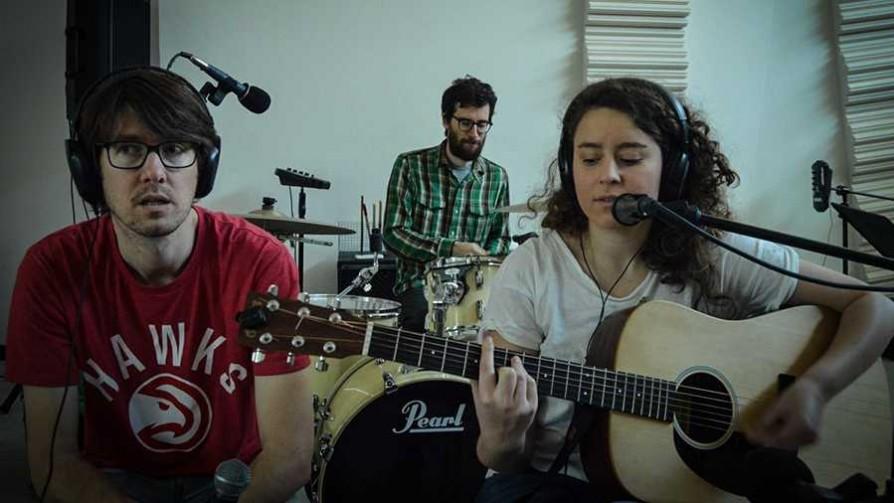 Florencia Nuñez canta en vivo dos temas de su nuevo álbum - Un programa, dos estudios - No Toquen Nada | DelSol 99.5 FM