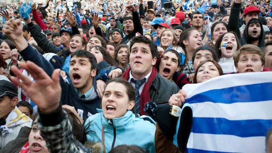 ¿Qué tienen de loco los uruguayos?  - El loquito - La Mesa de los Galanes   DelSol 99.5 FM