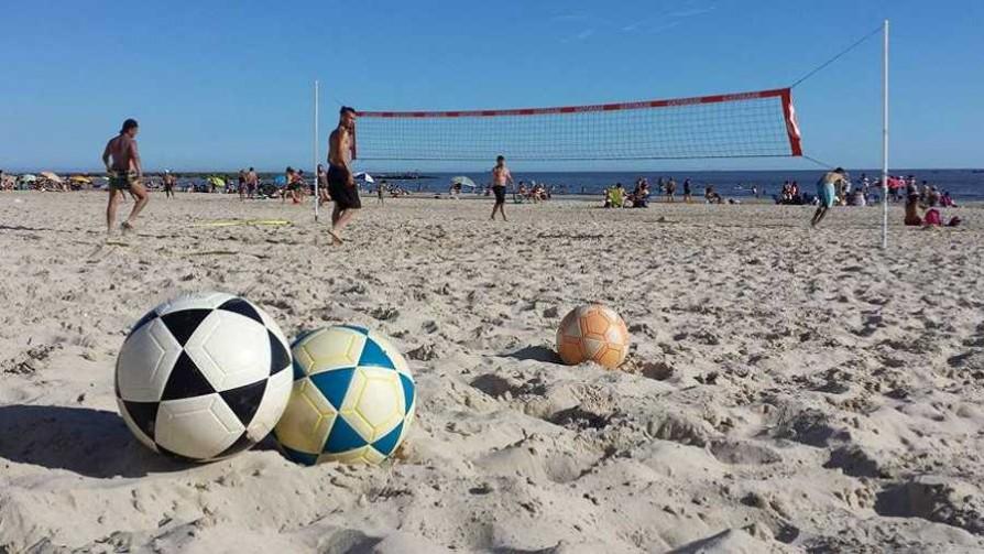 Actividades de verano en la Playa Malvín  - Entrevistas - Verano en DelSol | DelSol 99.5 FM