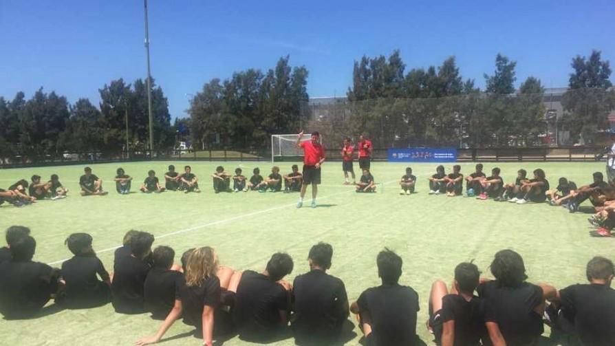 El Barca y su escuela para que los niños uruguayos tengan paciencia a la pelota - Diego Muñoz - No Toquen Nada | DelSol 99.5 FM