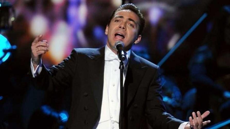 Cristian Castro, el elegido del Nepotismo Musical  - Versus - Facil Desviarse   DelSol 99.5 FM