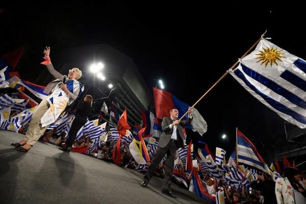 Discurso de la formula del Frente Amplio luego de las elecciones en el Centro de Montevideo. || Nicolás Celaya /adhocFOTOS