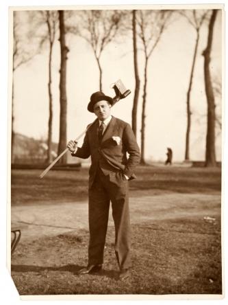 Foto: Archivo Matos Rodríguez. Autor: s/d. || Gerardo Matos Rodríguez. Europa. Año 1930 (aprox.)