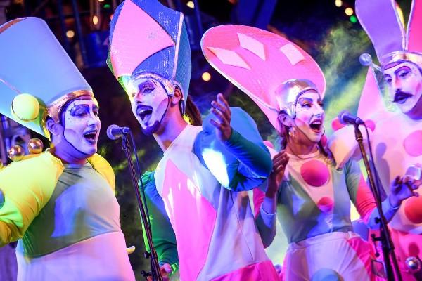 Queso magro en el desfile inaugural del Carnaval (Javier Calvelo / adhocFOTOS)