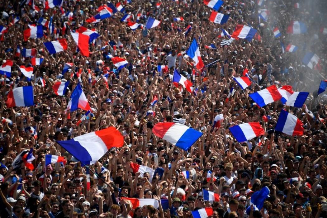 Festejos en Francia — Galerias | Del Sol 99.5 en el Mundial Rusia 2018