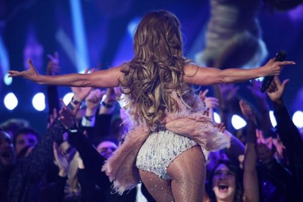 Jennifer López hizo un homenaje a la música de Motown (AFP)