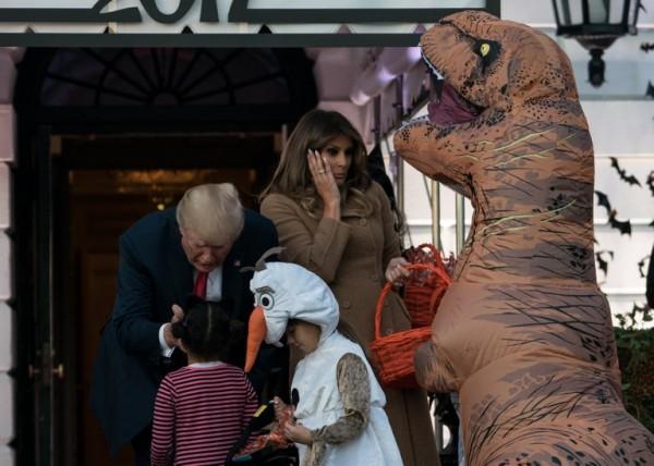 Donald y Melania Trump en Halloween || AFP