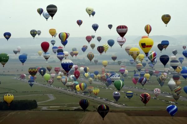 Globos aerostáticos en Francia || AFP