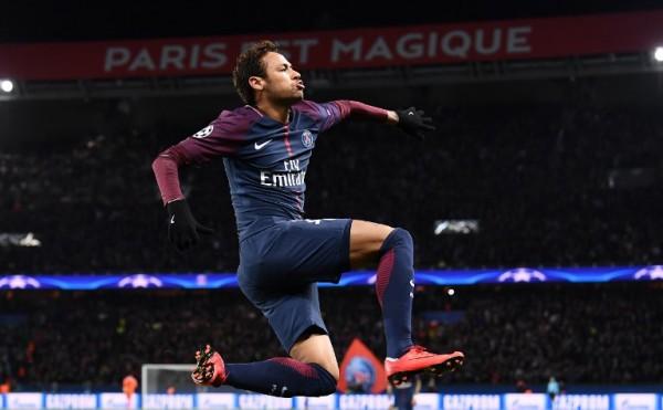 Gol de Neymar para PSG por la Champions League || AFP