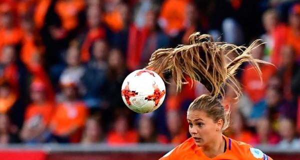 Jugadora de Holanda durante un partido de la Eurocopa Femenina || AFP