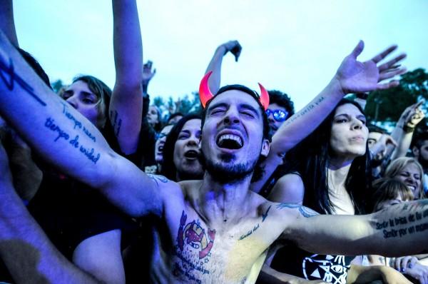 Público asistente durante la actuación de Trotsky Vengarán en el Montevideo Rock 2017. || Javier Calvelo/ adhocFOTOS