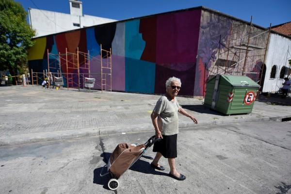 Festival de arte urbano organizado por el colectivo Casa Wang, ex carcel de mujeres Cabildo, Montevideo. || Nicolás Celaya